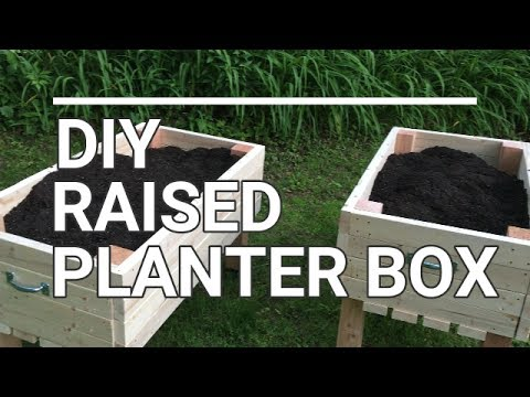 Diy Rollable Planter Box For Veggie Garden And Flowers Youtube