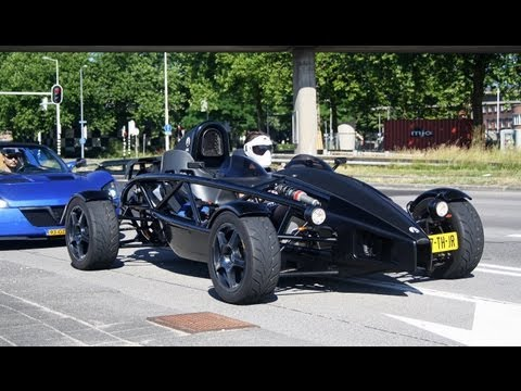 (2x) Ariel Atom 3 V8 Supercharged FAST LAUNCH And Sounds! (1080p Full HD)