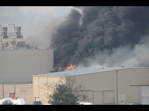 Major fire on Annacis Island