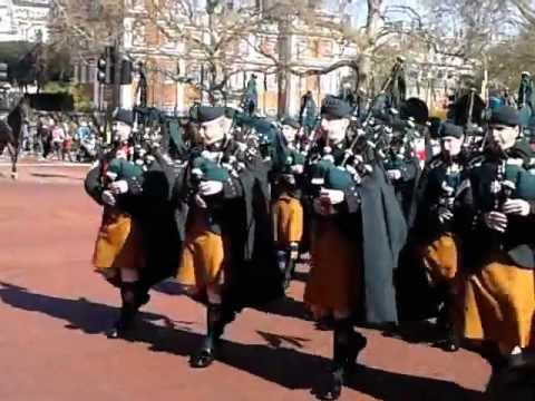 Irish Guards Pipes And Drums 6/4/12