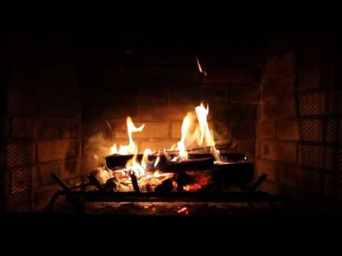 Leslie Odom Jr. - Merry Christmas Darling (Yule Log)