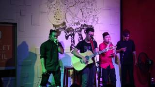 F-Band - Mash Up Xe đạp & Chuyện mưa & Dấu mưa & Vết mưa Full HD - (Live)