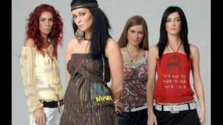 Watch Las Ketchup Bloody Mary video