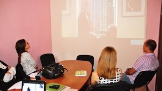 Обучающий фильм на английском с субтитрами. Разбор диалогов.