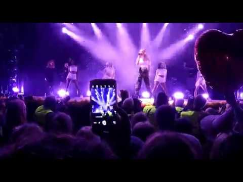 Zara Larsson Smuk fest Skanderborg 2017