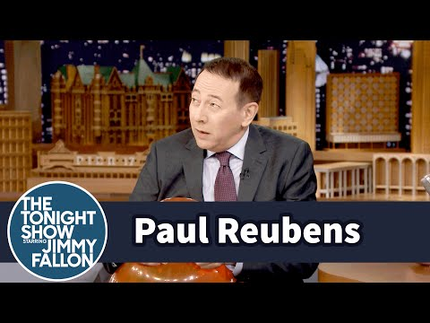 Paul Reubens Plays the Balloon as a Musical Instrument