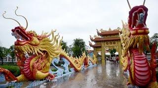 Showbiz Viet - Cùng ngắm nhà thờ tổ nghiệp của danh hài Hoài Linh, Vượng Râu