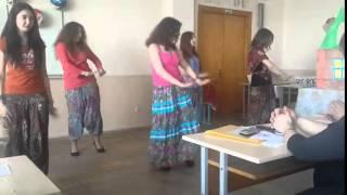 Индийский танец . 2 недели обучения