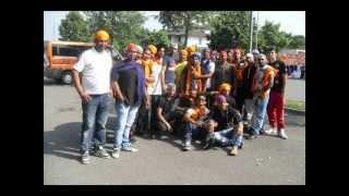 Amrinder Gill - Assi Munde Haan Punjabi