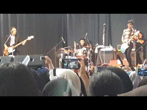 CJR band - Dari mata sang garuda (cover pee wee gaskin)