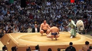 Tournoi de Sumo a Nagoya: combat de Hakuhō Shō, le plus grand champion actuel