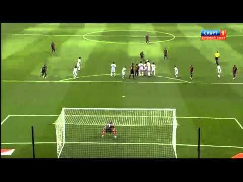 Супер гол Месси со штрафного  Реалу