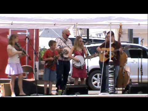 The Blue Ridge Travelers at 2010 Leaf and String F...