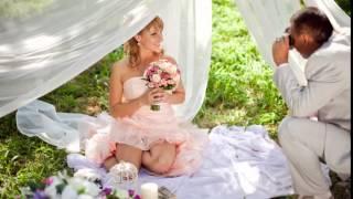 Свадебная фотосессия на природе! Сексуальная невеста в коротком свадебном платье!