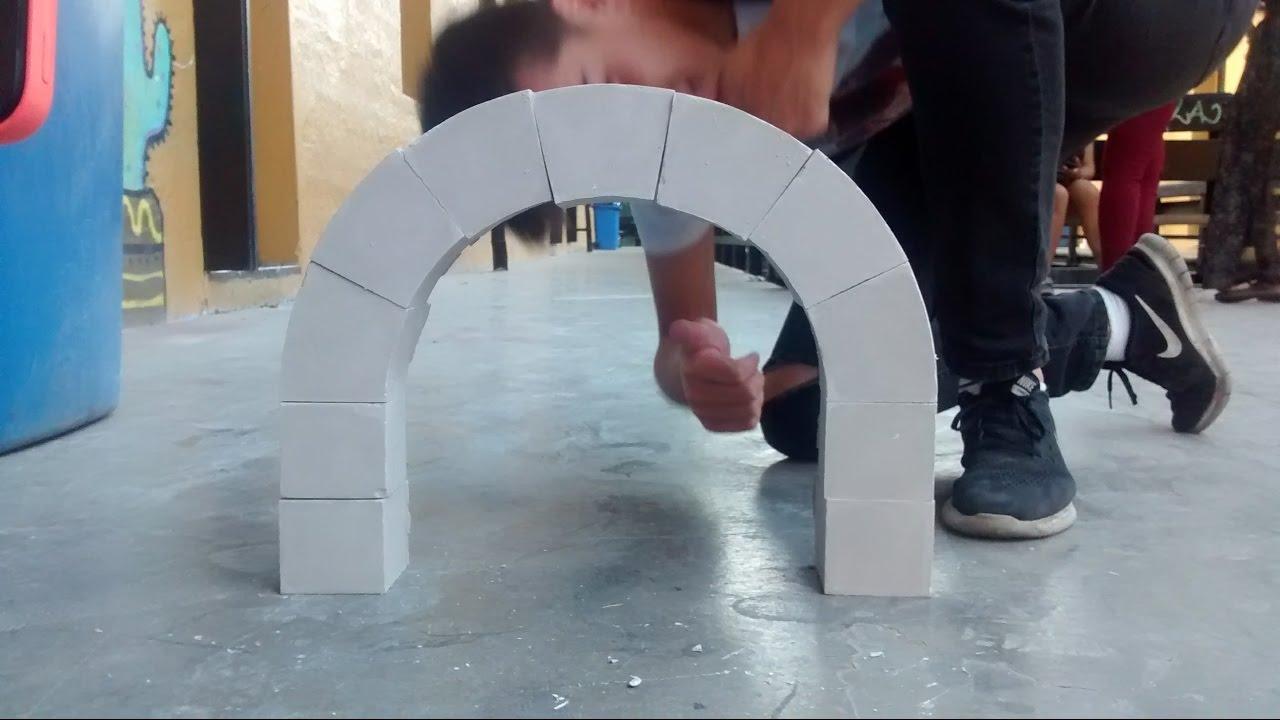 Construcción de un Arco Romano en Yeso