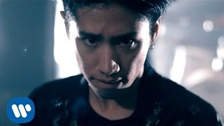 ONE OK ROCK's official video for 'Taking Off' from their upcoming a...