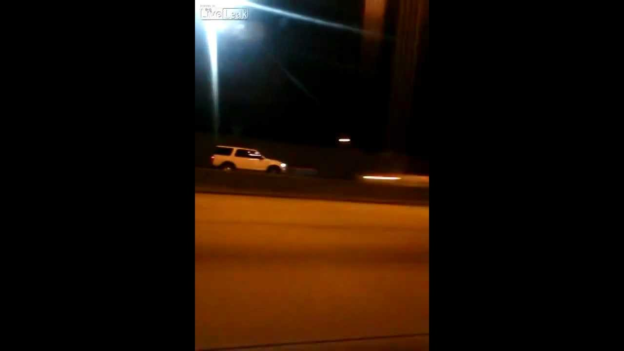 Wrong way crash kills 5 on I-275 in Tampa FL - Explosion captured on video!  Crazy