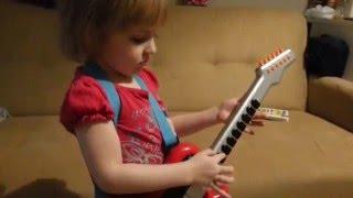 ок dj katrin 3 года miss katie she plays sings perfectly hits notes играет поёт попадает в ноты