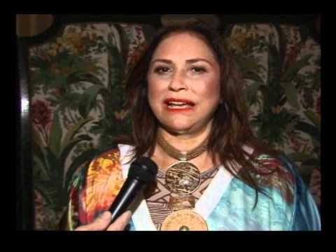 Fafá de Belém verão 2012 Fashion Business, entrevista com Francisco Chagas no Over Fashion