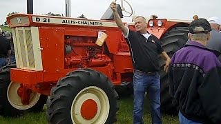 Allis Chalmers D21 Tractor with Front Wheel Assist Sold for Record Price on Iowa Auction