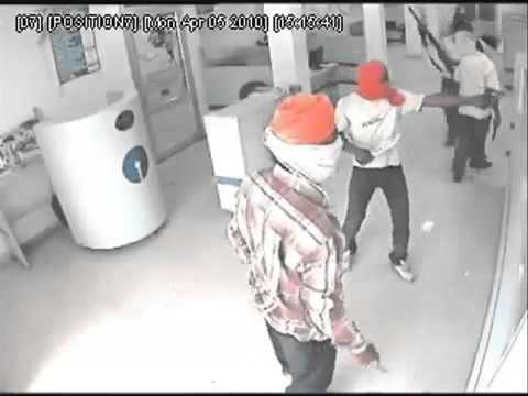 Live Bank Robbery in Chandigarh Road, Ludhiana, Punjab