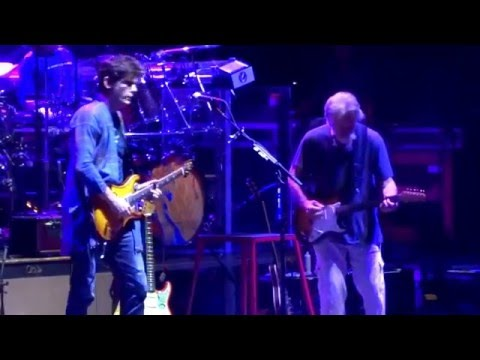 Playing In The Band into Cold Rain And Snow – Dead And Company 10/29/2015