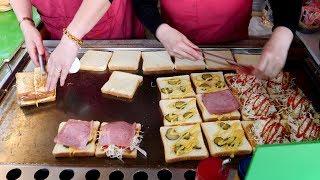 a skilful dexterity toast craftsman / korean street food