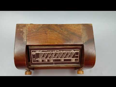 WORKING Vtg Piccolo German Music Box OLD Time Tube Radio Wiegenlied Schubert