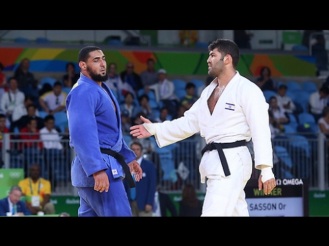 Egyptian judoka Islam el-Shehaby refuses to shake hand of Israeli Or Sasson - Rio 2016 Olympics