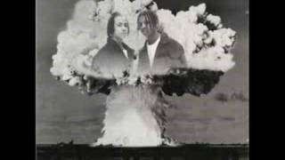 Kris Kross - Da Bomb ft. Da Brat(Album Version)