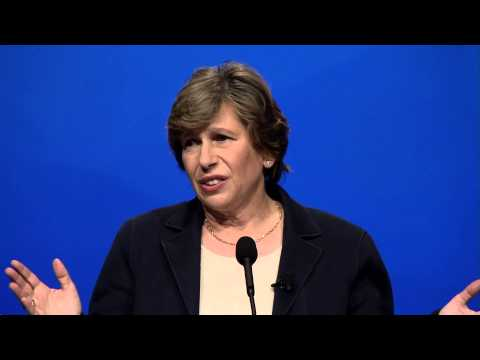 Randi Weingarten: TEACH 2015 Keynote - YouTube