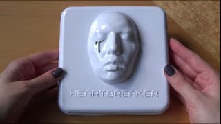 Unboxing/review of g-dragon 지드래곤 (bigbang) first korean full length studio album (vol.1) heartbreaker bought from yesasia. the comes with gd's face, a ...
