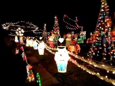 Christmas house delaware usa music youtube for Christmas house music