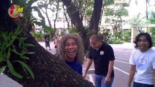 Repeat youtube video Tik Tik - Sir Rex Kantatero & Pakito Jones with Kuya Jobert 93.9 iFM (Ke$ha's Tik Tok Parody)