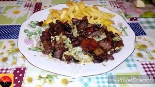 Свинина тушеная с черносливом!Вкусно и просто.