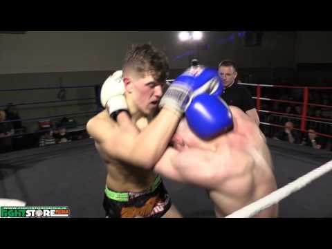 Liam Burden vs Casey Walsh - Thai Wars