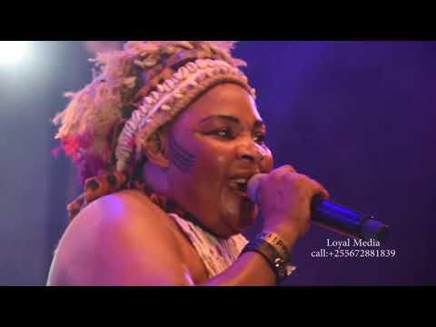 Saida Karoli- Live Performance (ORUGAMBO) Sauti za busara