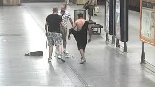 Rvačka v metru