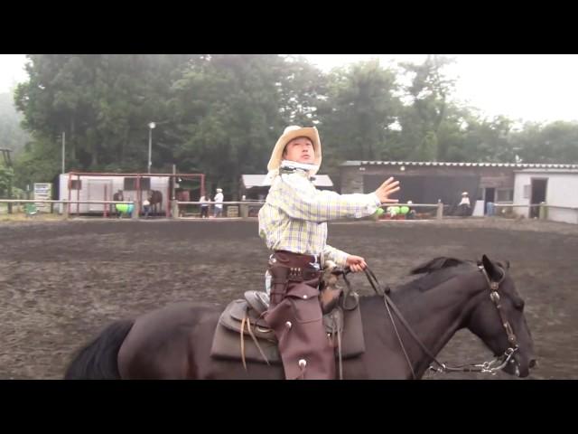 トルネード吉田による乗馬射撃&ガンプレイ Cowboy Mounted Shooting and  Mounted Gunspinning by Tornado Yoshida