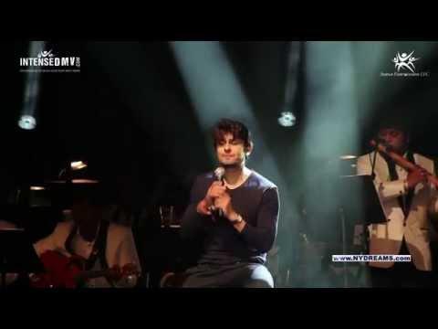 Sonu Nigum Live Concert In USA - Kabhi Alvida Naa Kehna - Sonu Nigum Claps For Audience