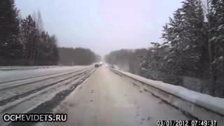 Zimowe nie opanowanie samochodu ROSJA