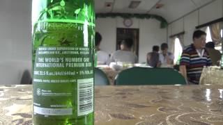 北朝鮮の食堂車でビールを飲んだ