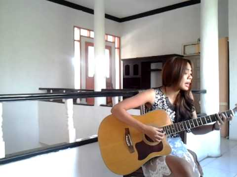 Mayza Sannia - Pacar Lima Langkah ( Acoustic Cover )