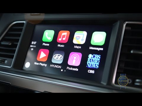 Apple CarPlay and Android Auto Demo - Kelley Blue Book