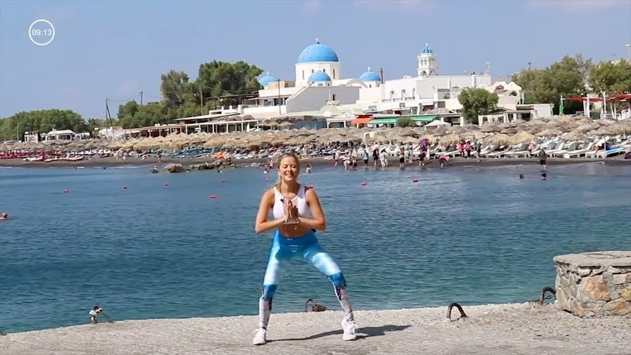 15 Min Bodyweight Workout // Quick Workout from Santorini - YouTube