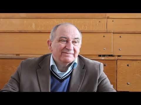 Погляд: Оле́г Анге́льський — український інженер-оптик. Доктор фізико-математичних наук