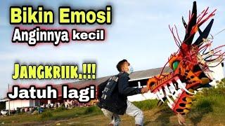Download Lagu GOKIL TARIK LAYANGAN NAGA SANDAL TERLEPAS (dj prahu layar) mp3