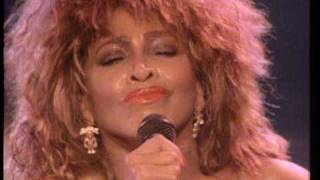 Tina Turner - What's Love Got To Do With It (Live)