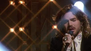 Adam Lambert - New Eyes (American Idol Finale Performance!)