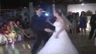 Baixar Valsa surpresa Casamento de Sabrina e Rodrigo.mp4